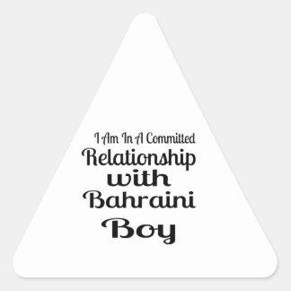 Rapport avec le garçon bahreinite sticker triangulaire