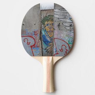 Raquette De Ping Pong Art de graffiti de mur de Berlin