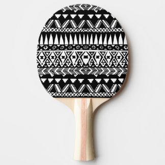 Raquette De Ping Pong Aztèque tribal moderne tiré par la main noir et