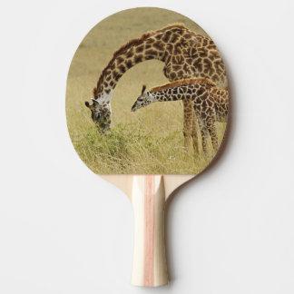 Raquette De Ping Pong Girafe de masai de mère et de bébé, Giraffa