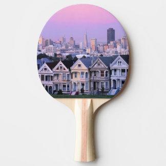 Raquette De Ping Pong San Francisco, la Californie. Vue de victorien