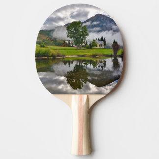 Raquette Tennis De Table Peu de Chambre en brume sur le lac