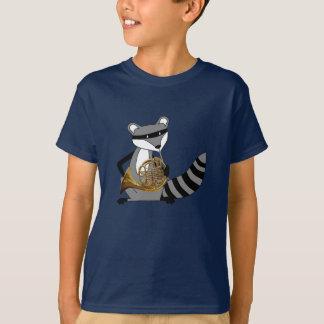 Raton laveur jouant le cor de harmonie t-shirt