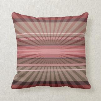 Rayons géométriques abstraits et rayures sur un coussin
