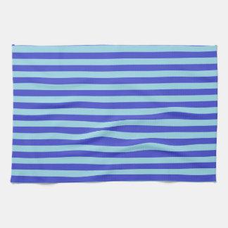 Rayures bleues bleues et en pastel serviette éponge