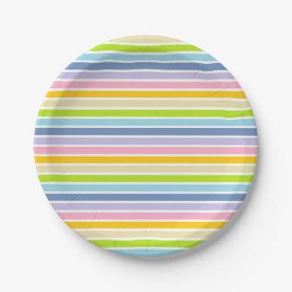 Rayures en pastel d'arc-en-ciel décrites par blanc assiettes en papier