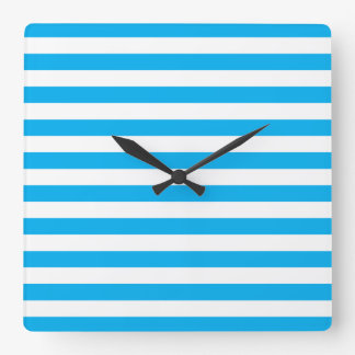 Rayures horizontales bleues horloge carrée