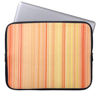 Rayures verticales rayées jaune-orange protection pour ordinateur portable