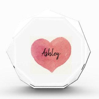 Récompenses En Acrylique Coeur peint par rose d'aquarelle