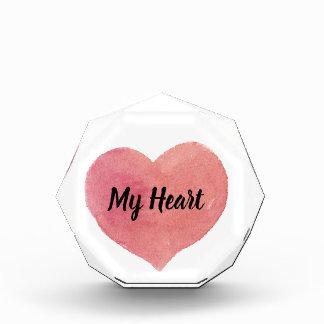 Récompenses En Acrylique Donnez-vous mon coeur peint par rose d'aquarelle