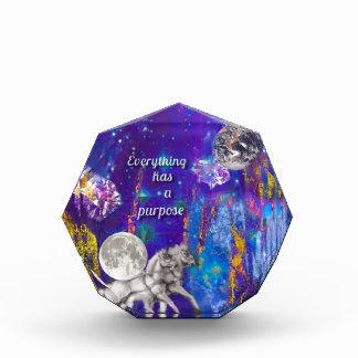 Récompenses En Acrylique La lune revient pour mettre à la terre