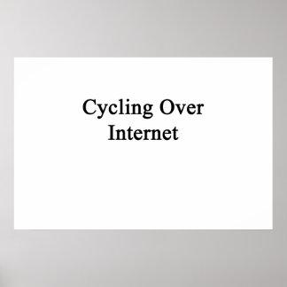 Recyclage au-dessus de l'Internet Poster