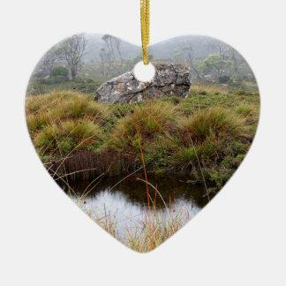 Réflexions brumeuses de matin, Tasmanie, Australie Ornement Cœur En Céramique