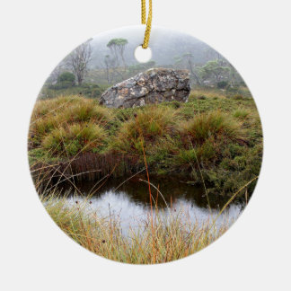 Réflexions brumeuses de matin, Tasmanie, Australie Ornement Rond En Céramique