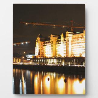 Réflexions de l'eau à Oslo, Norvège Plaque Photo