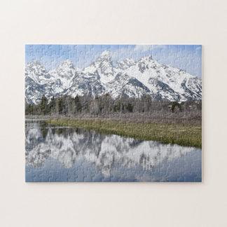 Réflexions du puzzle grand de Tetons de montagnes