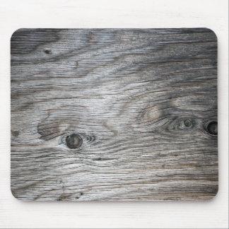 Regard du bois gris de grain avec des noeuds tapis de souris