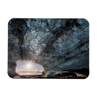 Regard d'une caverne de glace, l'Islande Magnet Flexible