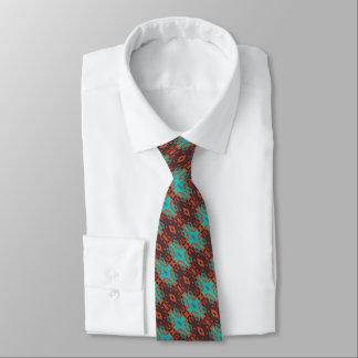 Regard ethnique éclectique de rouge orange de cravate