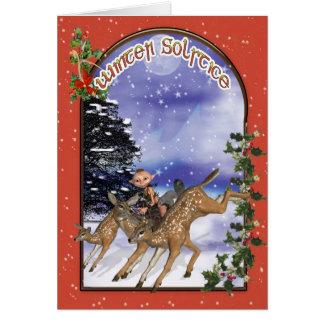 Région boisée Elf de solstice d'hiver montant un Cartes