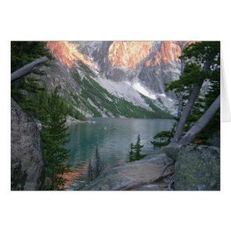Région sauvage alpine de lacs cartes