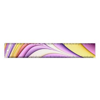 Règle Fractale colorée par pastel. Jaune, rose, pourpre