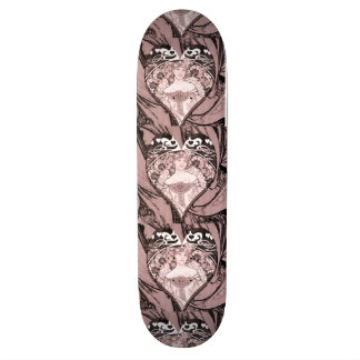 Reine des coeurs plateau de skateboard