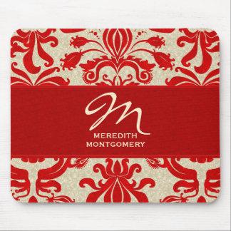 Remous rouges rouges décorés d'un monogramme de tapis de souris