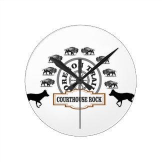 renard de bison de roche de tribunal horloge ronde