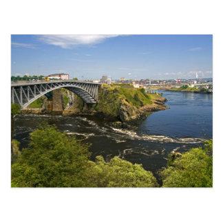 Renverser tombe sur la rivière de St John à St 2 Carte Postale