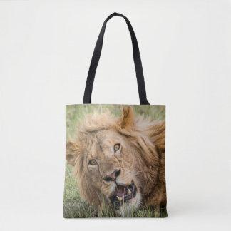 Repos masculin de lion tote bag