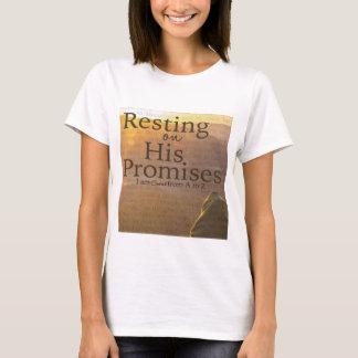 Repos sur son T-shirt de promesses
