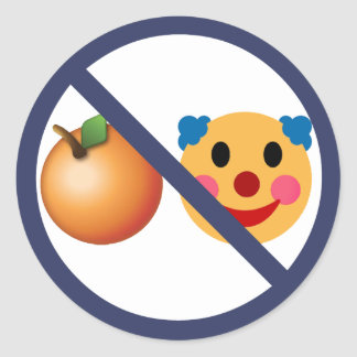 Résistez à l'atout orange de clown sticker rond