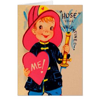 Rétro carte vintage de Valentine de pompier de