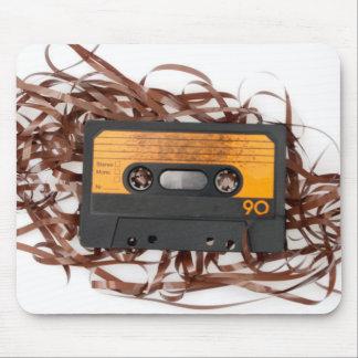 rétro conception des années 80 - bande de cassette tapis de souris