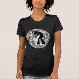 Rétro danseur frais de chanteur sur la boule argen t-shirts
