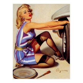 Rétro fille vintage de pin-up de mécanicien de cartes postales
