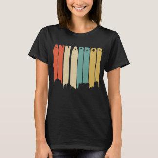 Rétro horizon d'Ann Arbor Michigan de style des T-shirt
