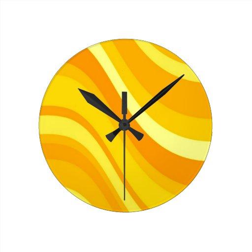 r tro horloge murale orange et jaune zazzle. Black Bedroom Furniture Sets. Home Design Ideas