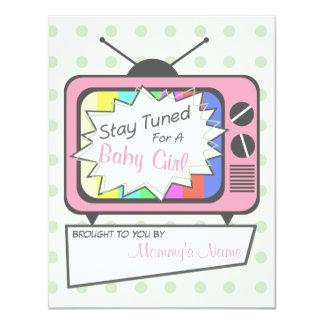 Rétro invitation de baby shower de poste TV de
