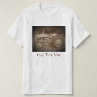 Rétro photo antiqued de sépia de tracteur gris t-shirts
