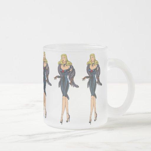 Rétro pin-up blond de fille magnifique vintage de  tasse