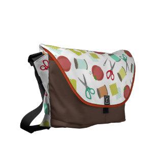 Rétro sac messenger de couture à thème sacoches