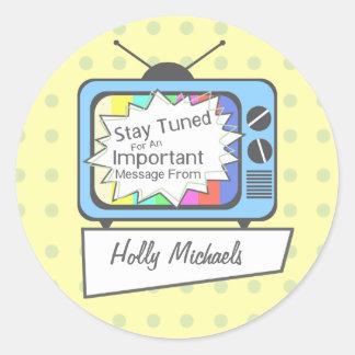 Rétro séjour accordé….Poste TV bleu Sticker Rond