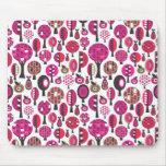 Rétro tapis de souris rose mignon d'arbres et de f