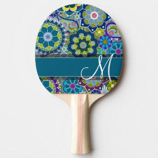 Rétros fleurs colorées avec le monogramme raquette de ping pong