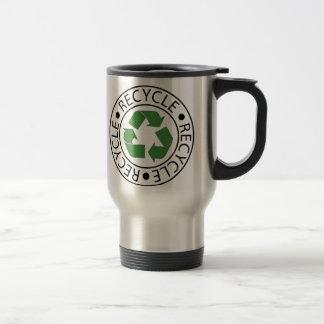 Réutilisez le logo central vert mug de voyage