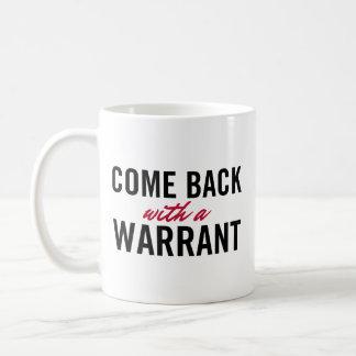 Revenu avec une garantie mug