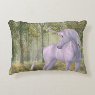 Licorne coussins d co licorne coussins d coration int rieure for Decoration maison licorne