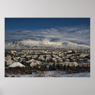 Reykjavik dans Winterdress Poster
